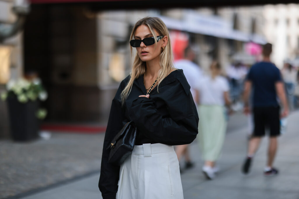 czarna koszula damska editorial